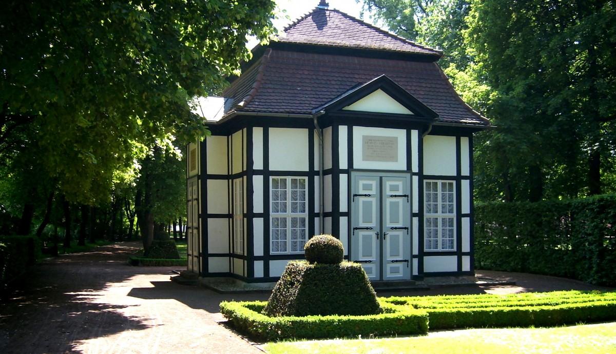 Images gratuites la nature maison cabanon porche - Porche chalet ...