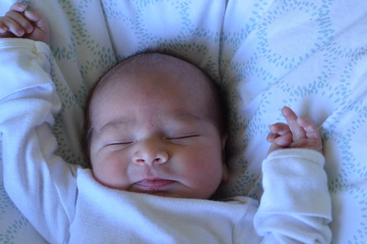 images gratuites la personne gar on portrait en train de dormir petit enfant b b. Black Bedroom Furniture Sets. Home Design Ideas