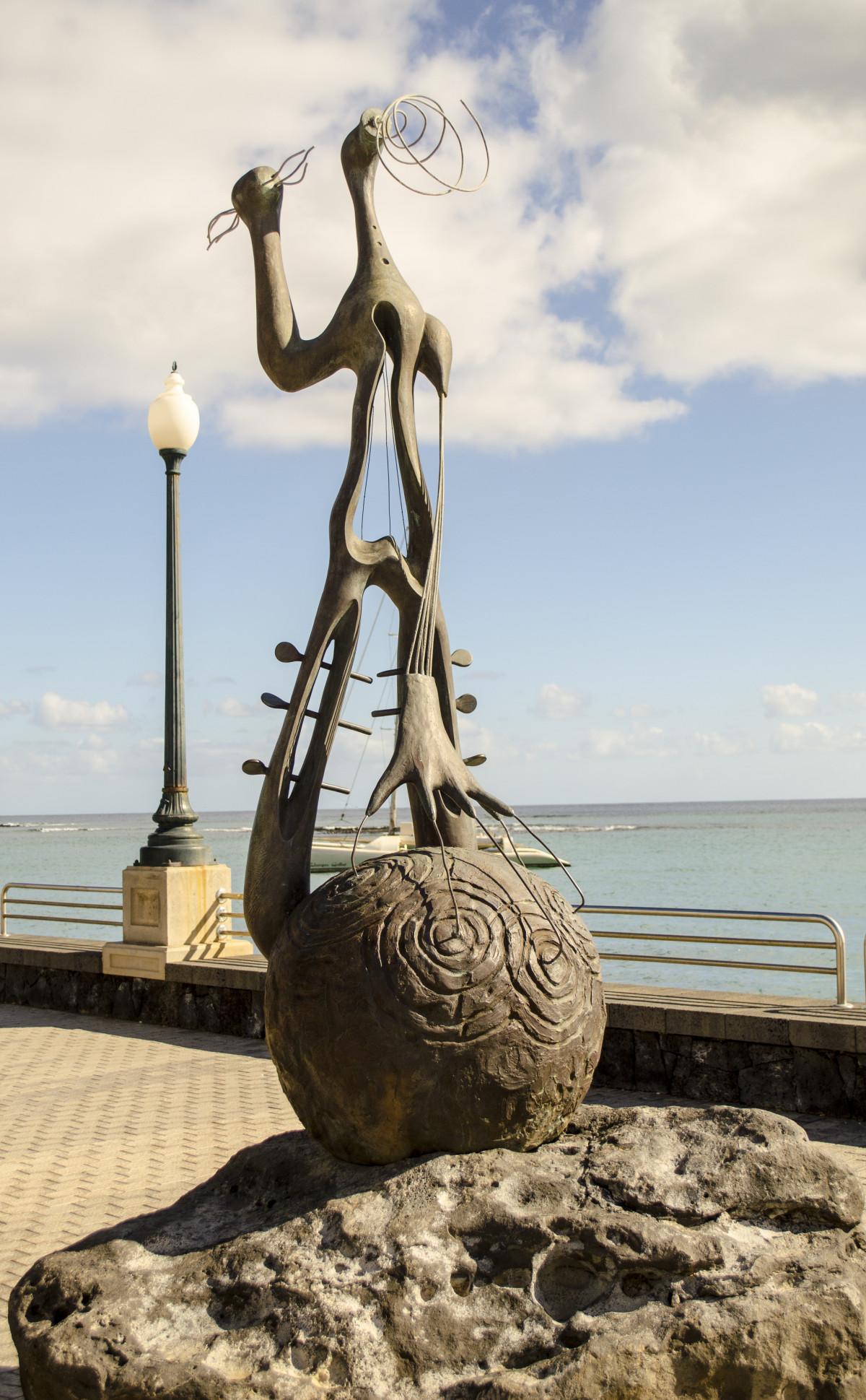 Kostenlose Foto Meer Wasser Sand Rock Holz Monument Ferien Statue Symbol Wahrzeichen Tourismus Modern Skulptur Kunst Entwurf Lanzarote Cesar Manrique 3049x4928 688439 Kostenlose Bilder Pxhere