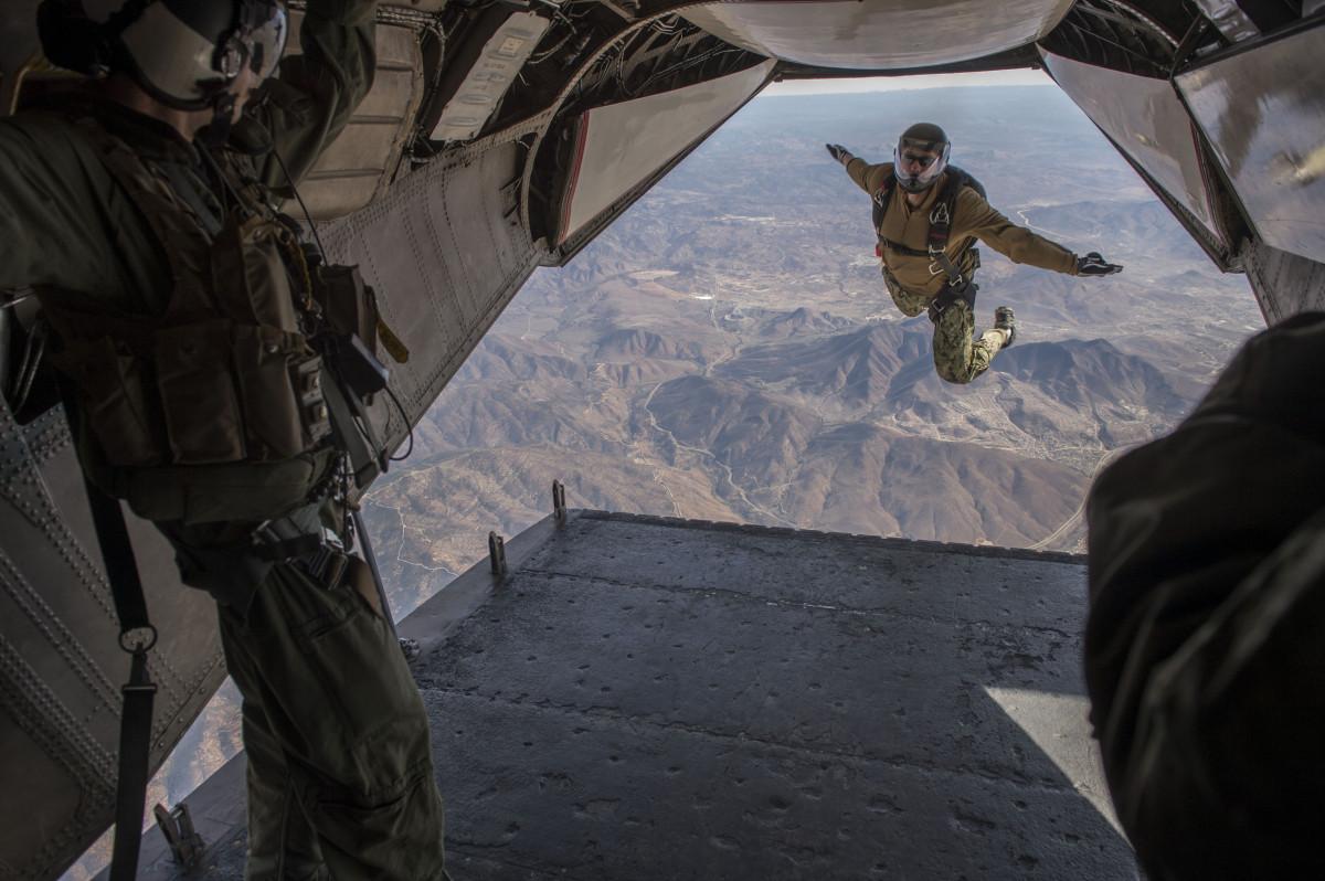 Солдаты самолет картинки
