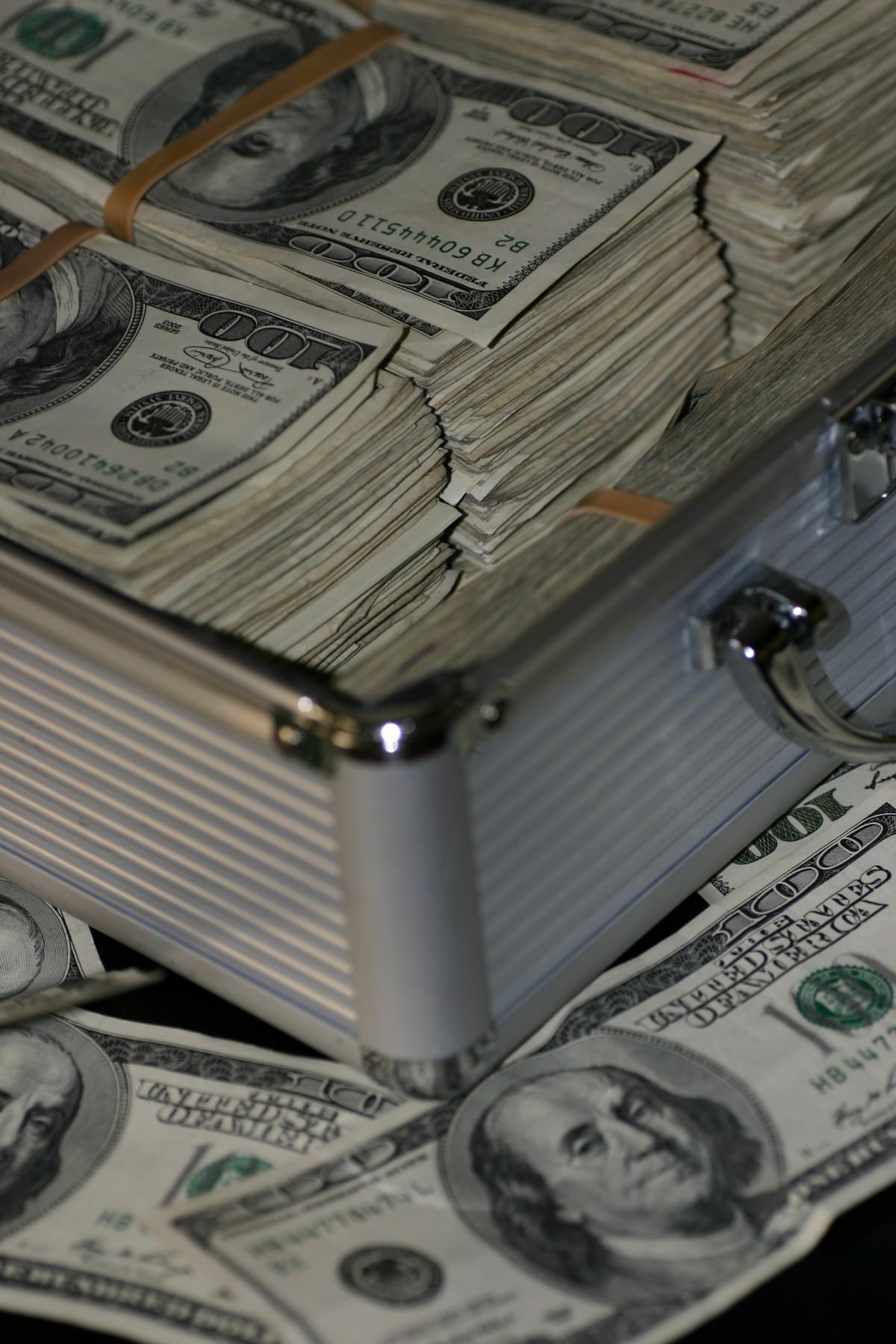 pénzt hogyan lehet keresni és megtakarítani)