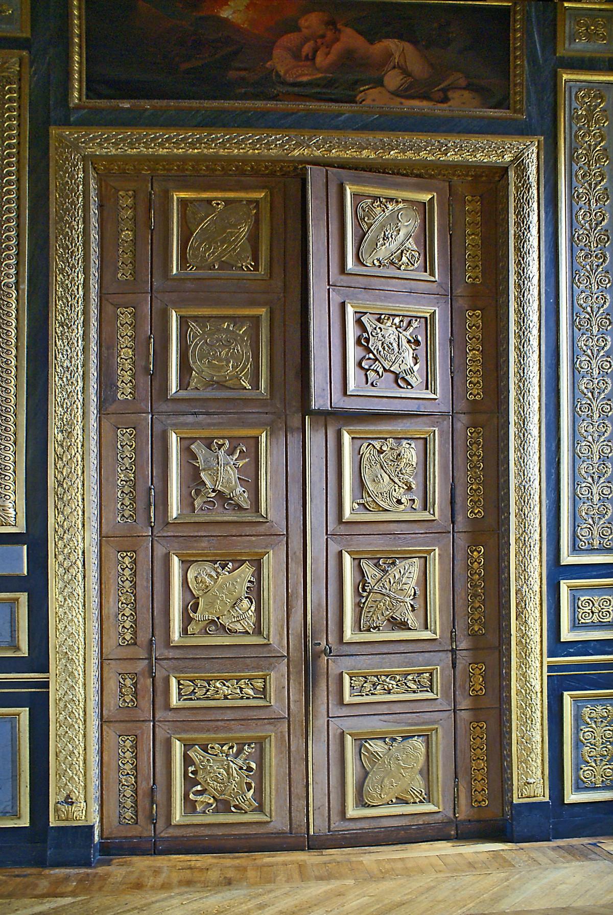 Gratis afbeeldingen hout stad ingang kleur itali meubilair deur schilderij kleuren - Kleur schilderij ingang ...