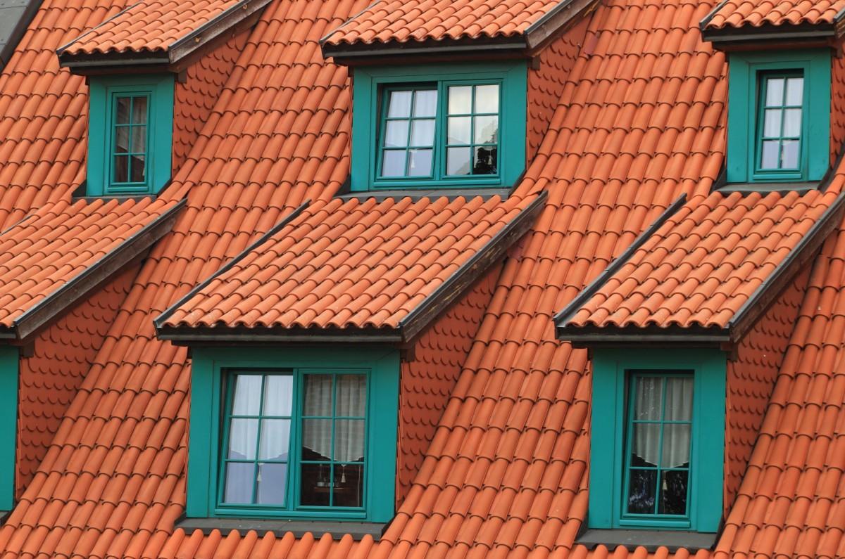 Images gratuites bois maison fen tre toit mur for Fenetre zone de qualification