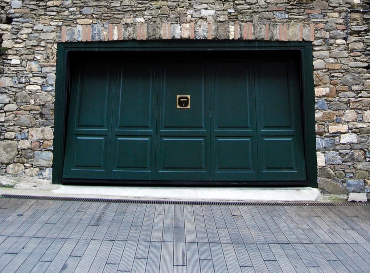 Garagentor holz grün  Kostenlose foto : Holz, Fenster, Mauer, Schuppen, Fassade, Tür ...