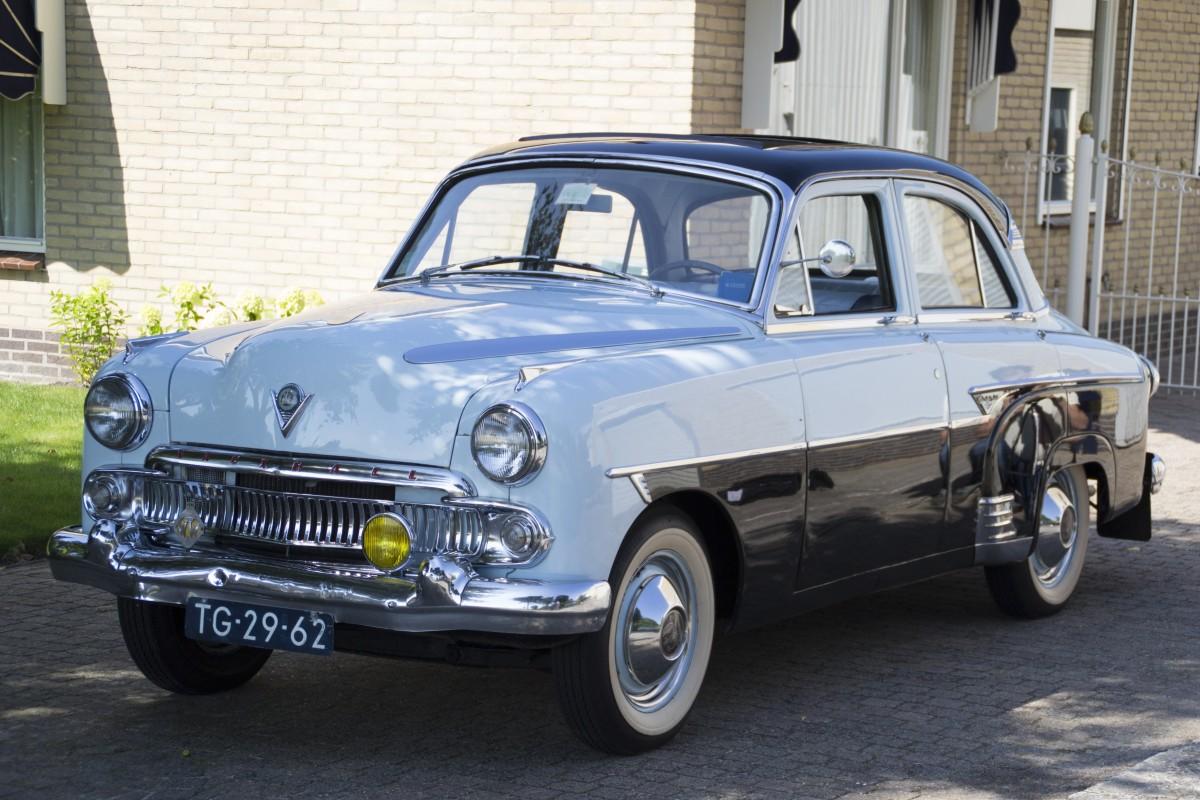 images gratuites v hicule vieille voiture voiture classique sedan vieil homme l gant. Black Bedroom Furniture Sets. Home Design Ideas
