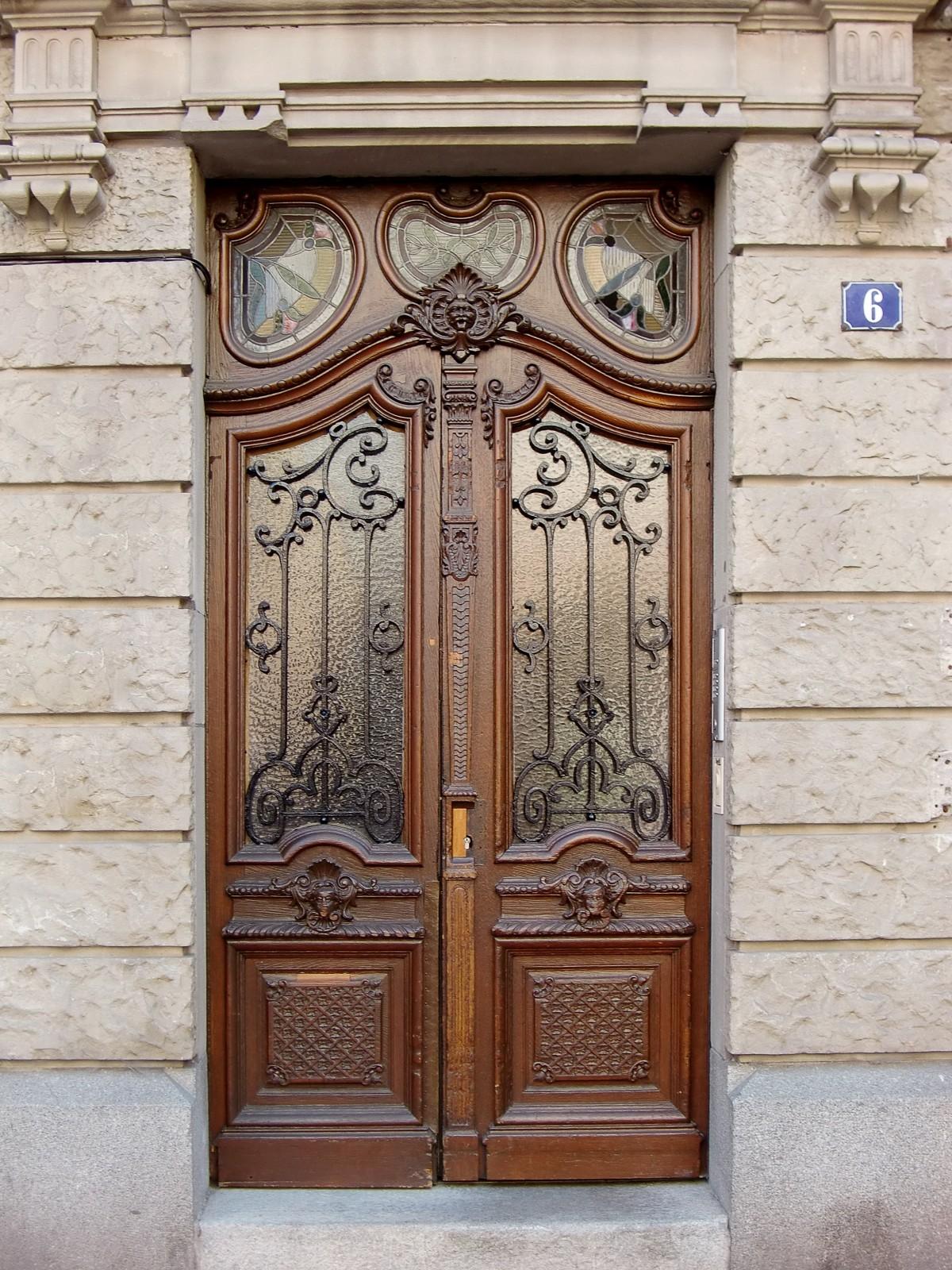 Fotos gratis ventana antiguo fachada mueble port n for Porton madera antiguo