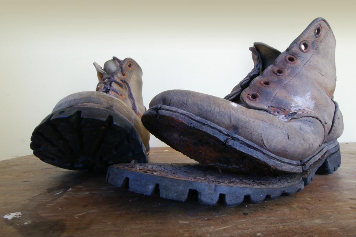 картинка старого ботинка того, чтобы что-то