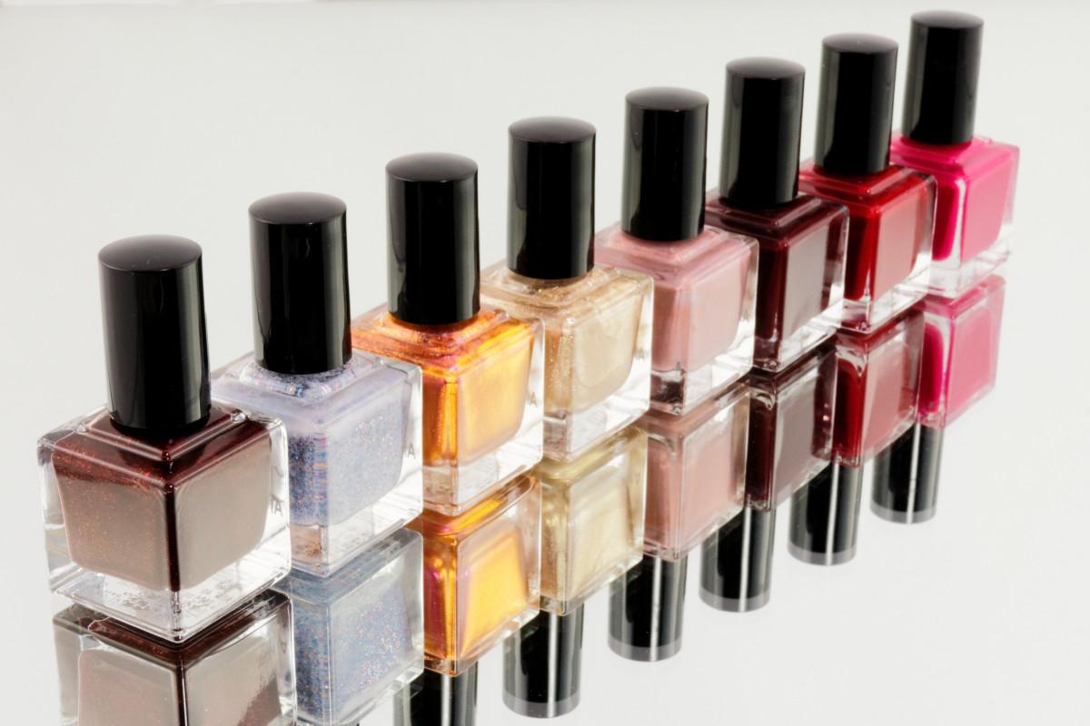 color, paint, care, manicure, glass bottle, product, nail polish, eye, fingernails, beauty, nails, cosmetics, polish, pedicure, nail varnish, toe nails, nail care, kosmetikstudio