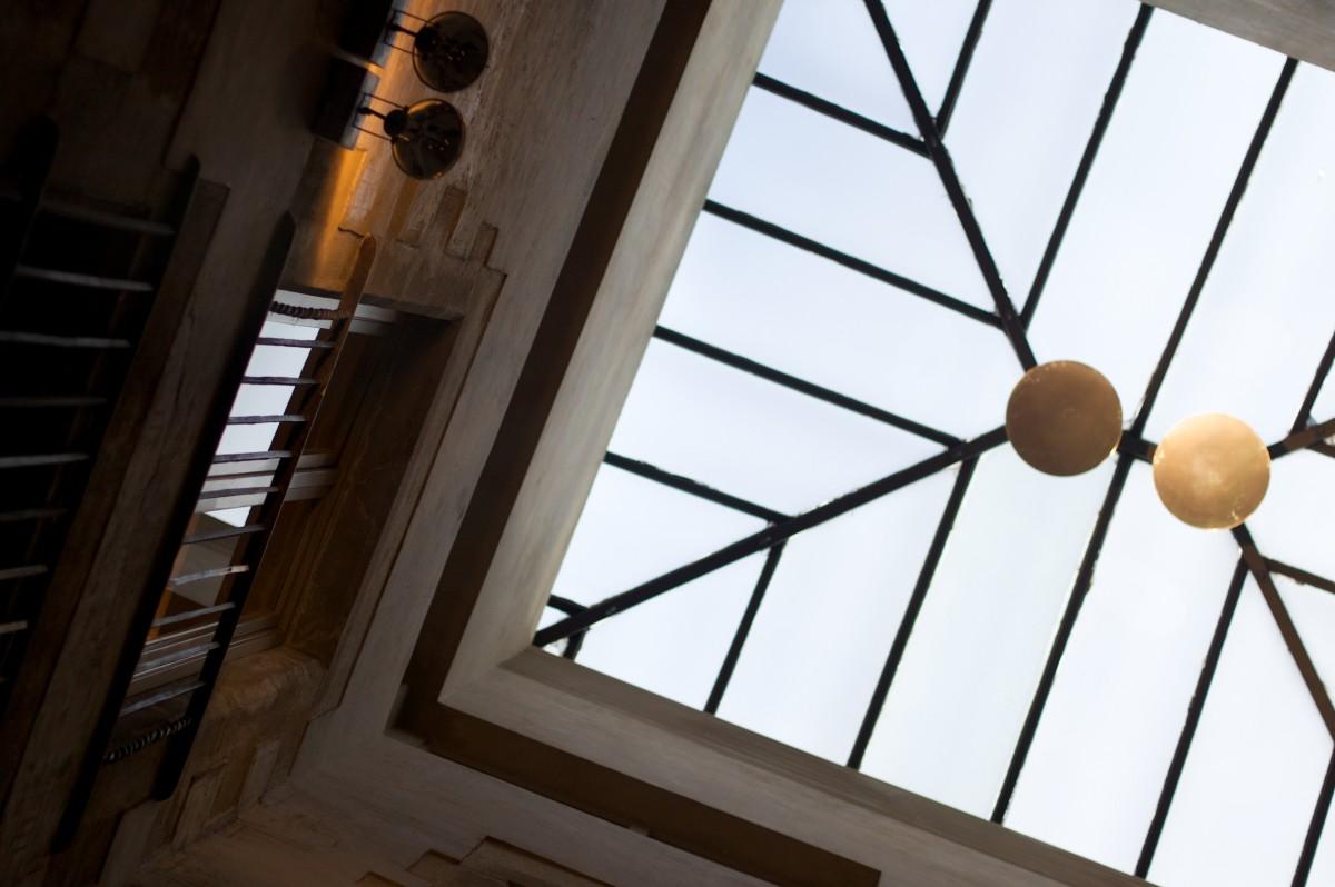 потолок и окно картинки