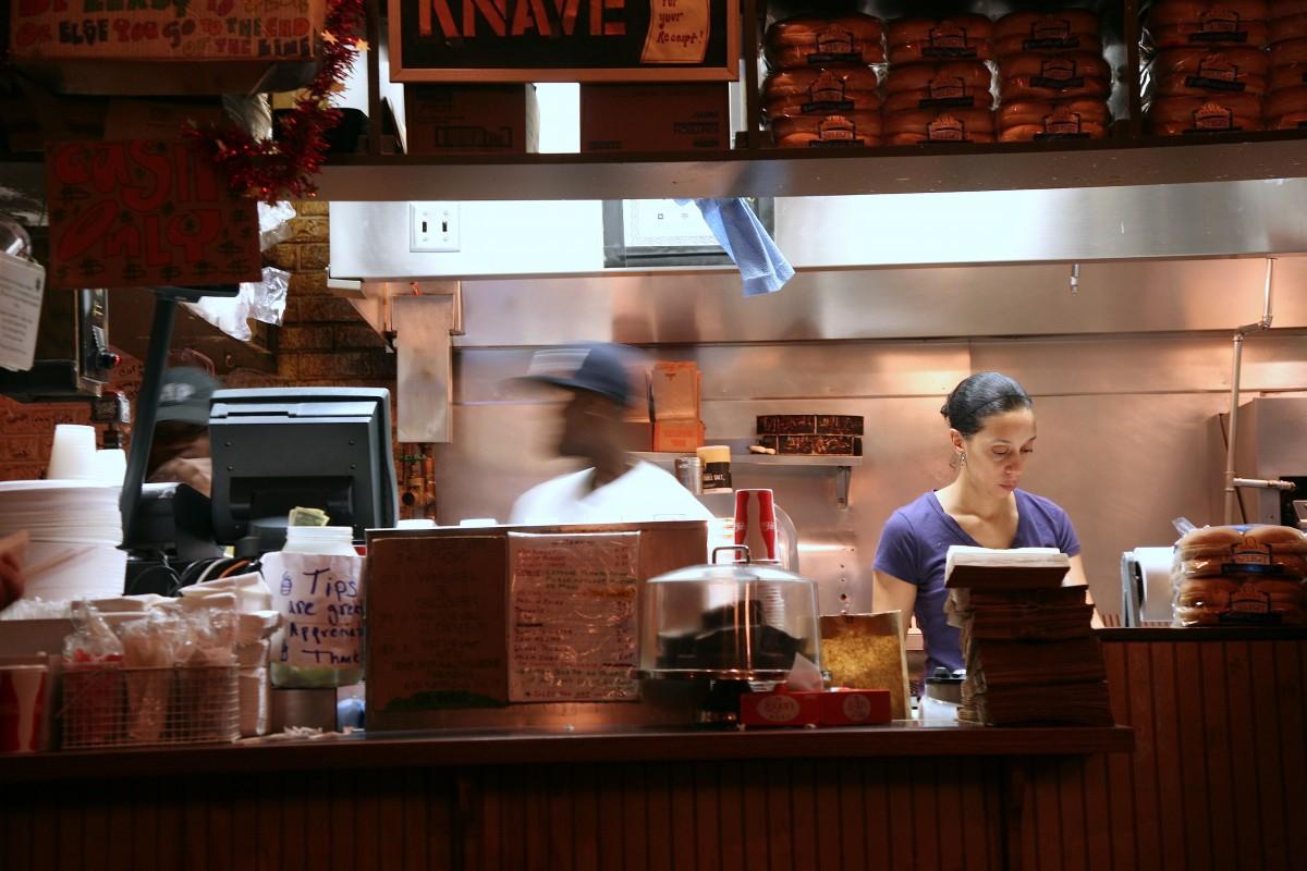 Αποτέλεσμα εικόνας για κουζινα μαγειρας  fast food