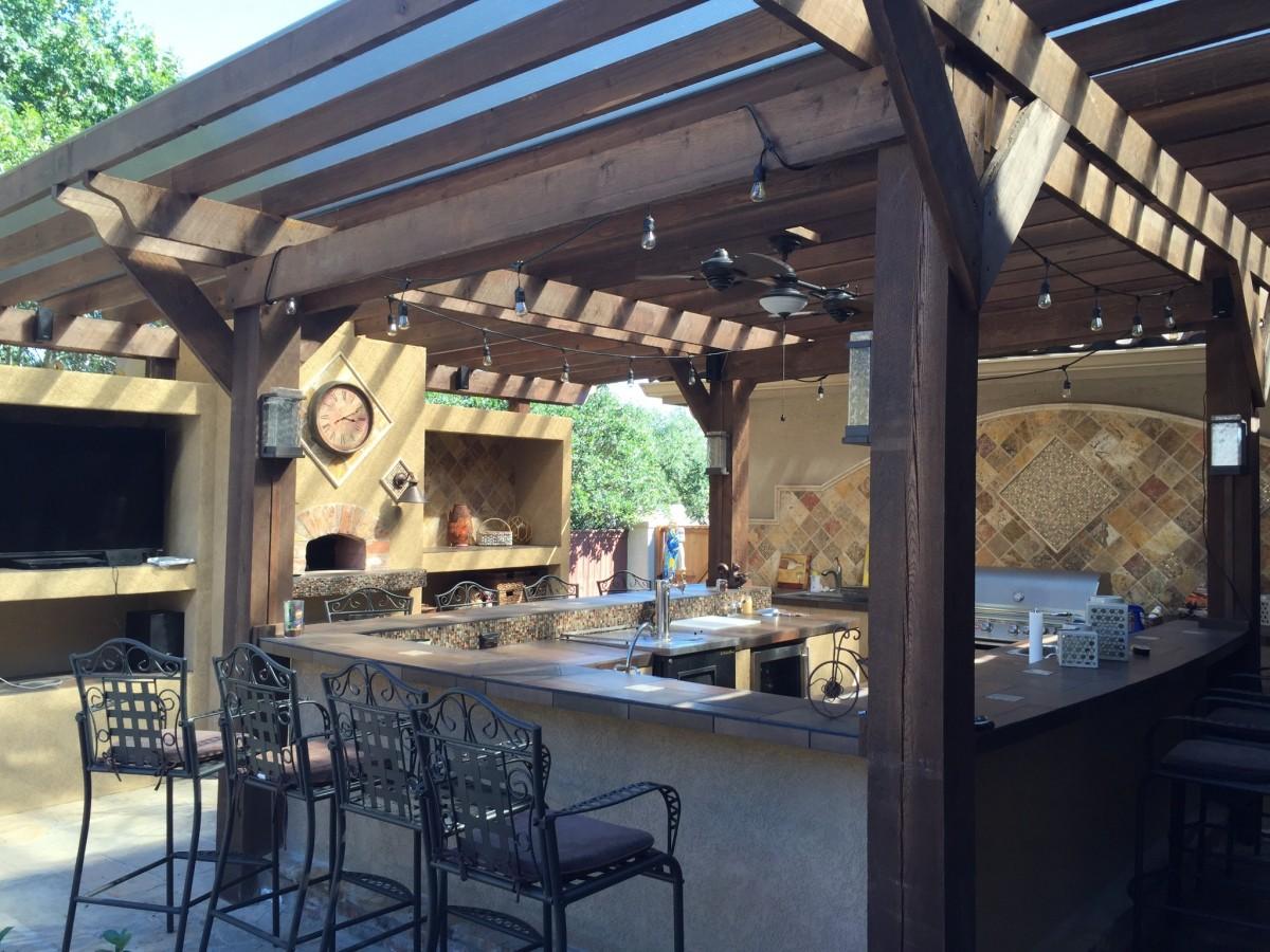 Fotos gratis al aire libre cubierta madera restaurante casa piedra porche techo cocina - Cubiertas para patios interiores ...