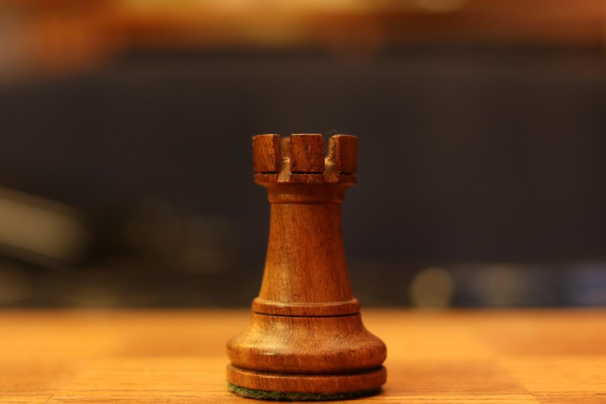 https://c.pxhere.com/photos/c1/6c/chess_rook_thinking_game_board_leisure-562293.jpg!d