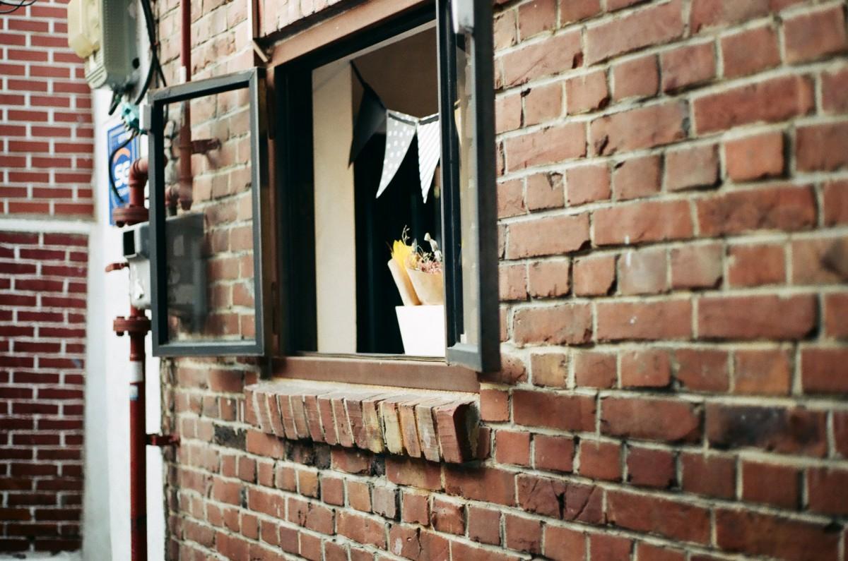 images gratuites bois maison mur rouge fa ade brique design d 39 int rieur brique. Black Bedroom Furniture Sets. Home Design Ideas