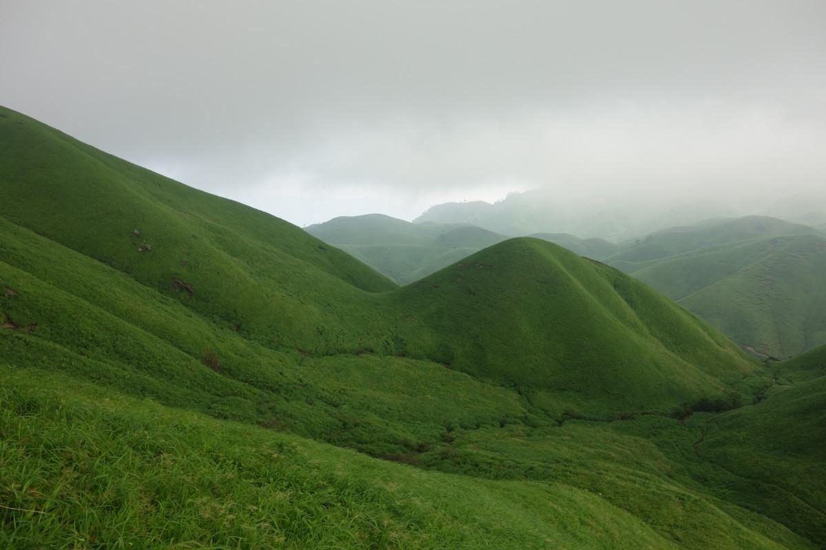Gambar : pemandangan, cahaya, awan, menanam, padang rumput ...