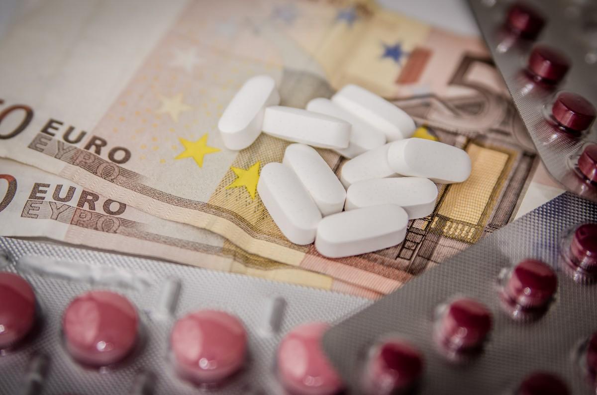 цены на лечение в ветеринарных и обычных клиниках