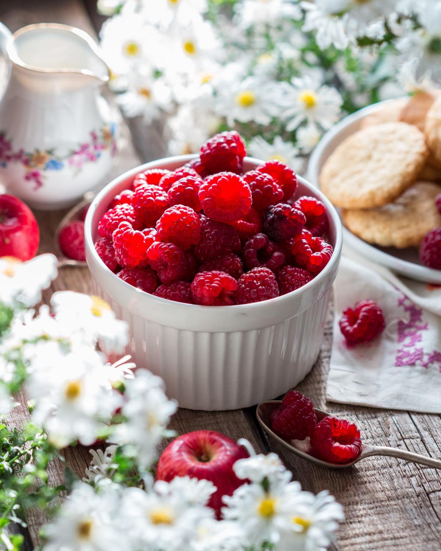 Открытки с добрым утром лето ягоды