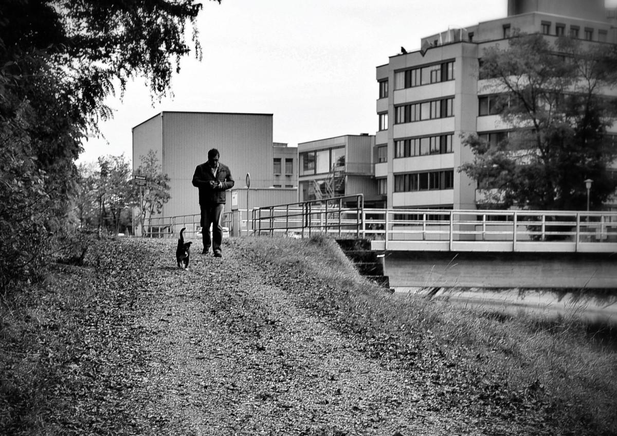 εικονεσ : μαύρο και άσπρο, Ανθρωποι, δρόμος, πόλη, άνοιξη