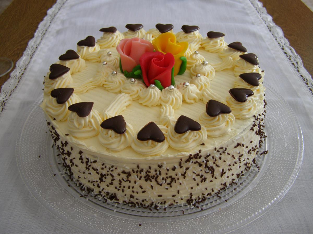 Vanilla Buttercream Cake Calories