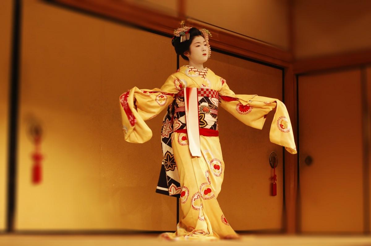 маникюр японский танец в картинках есть устойчивый слух