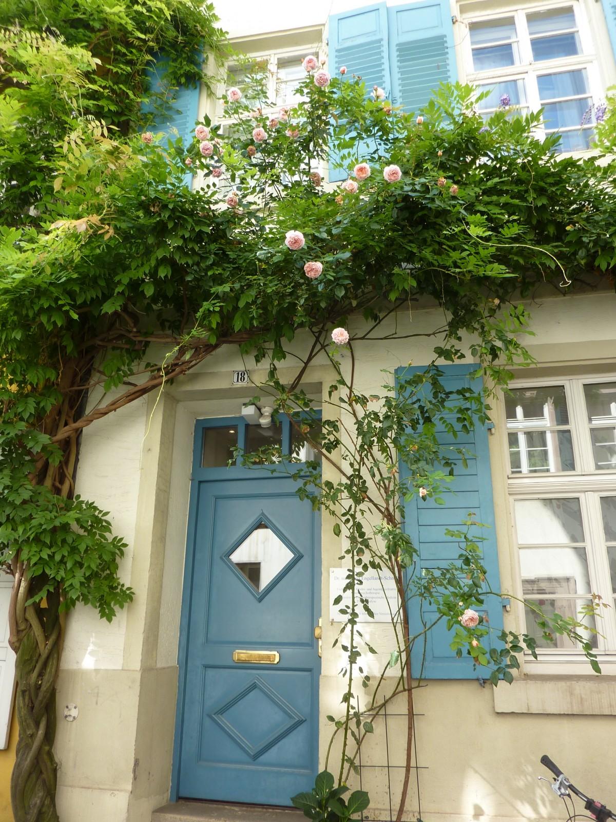Images gratuites maison fleur fen tre porche balcon for Fenetre balcon