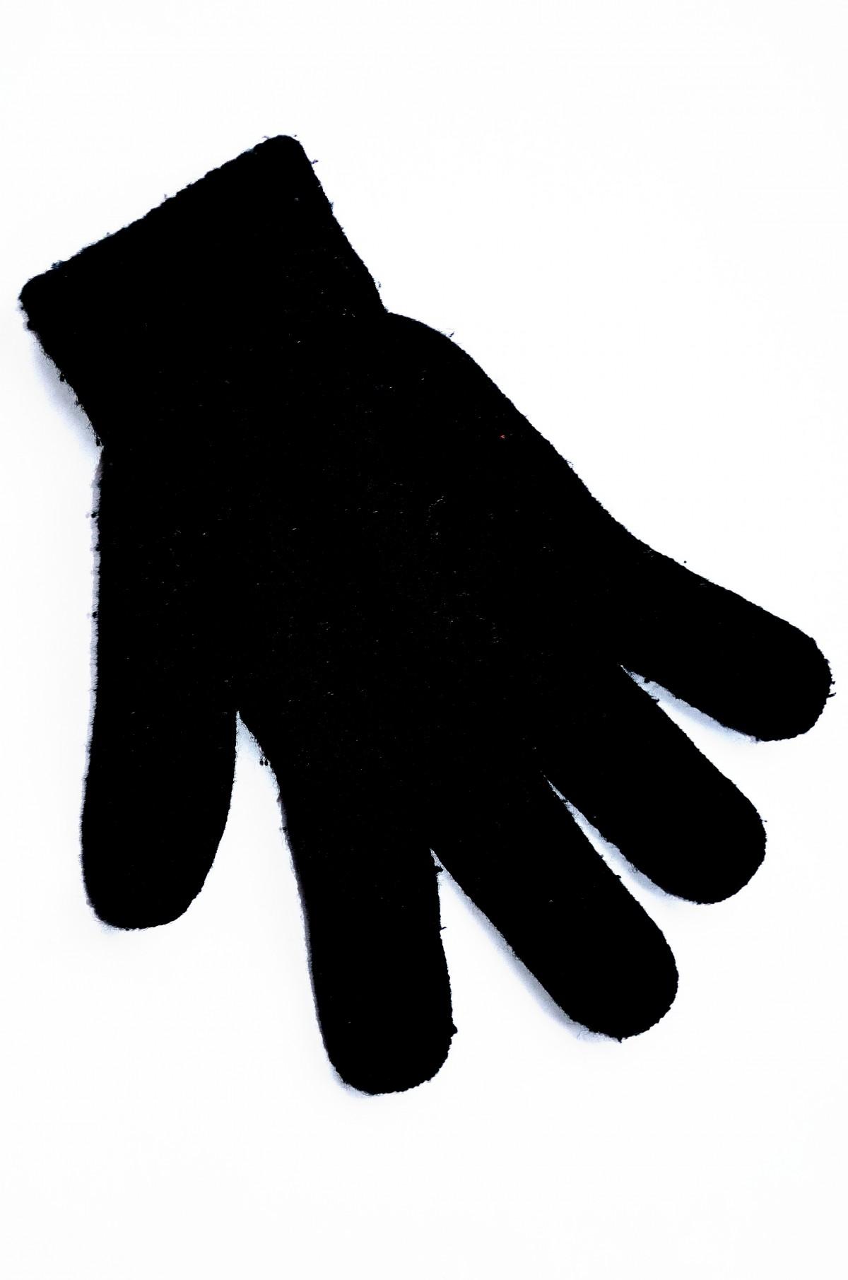 картинка черно белая перчатки обладают отличным слухом