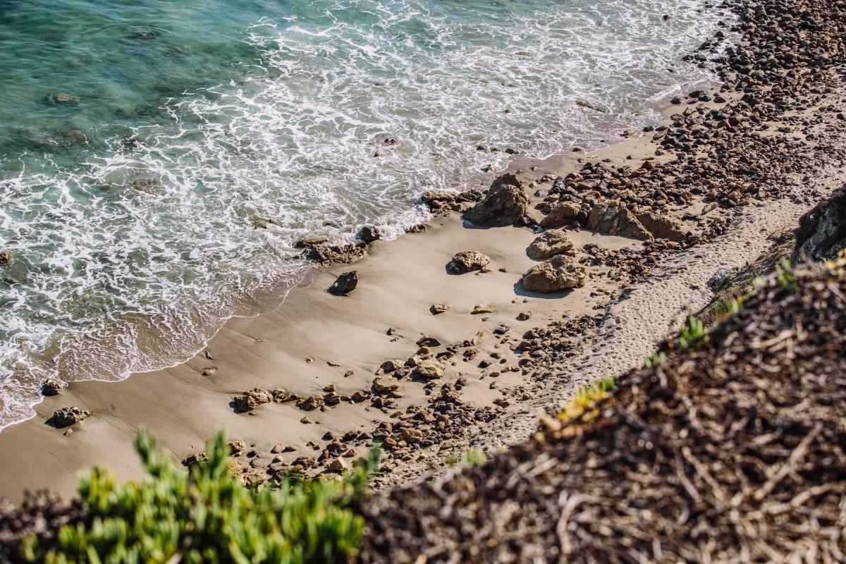Пляж в волне фото