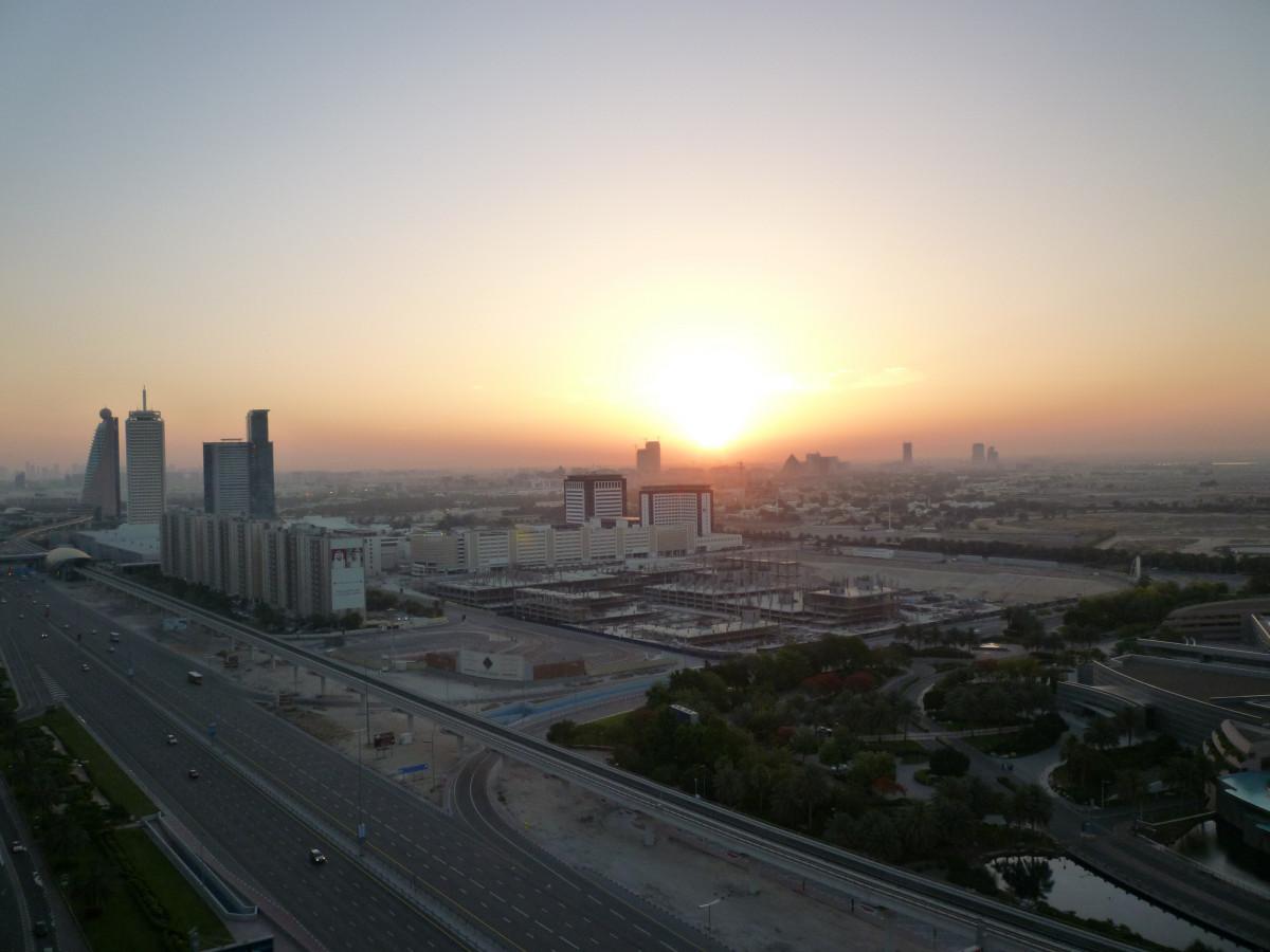 Images gratuites plage horizon horizon gratte ciel paysage urbain centre ville la tour - Pourquoi un coup de soleil gratte ...