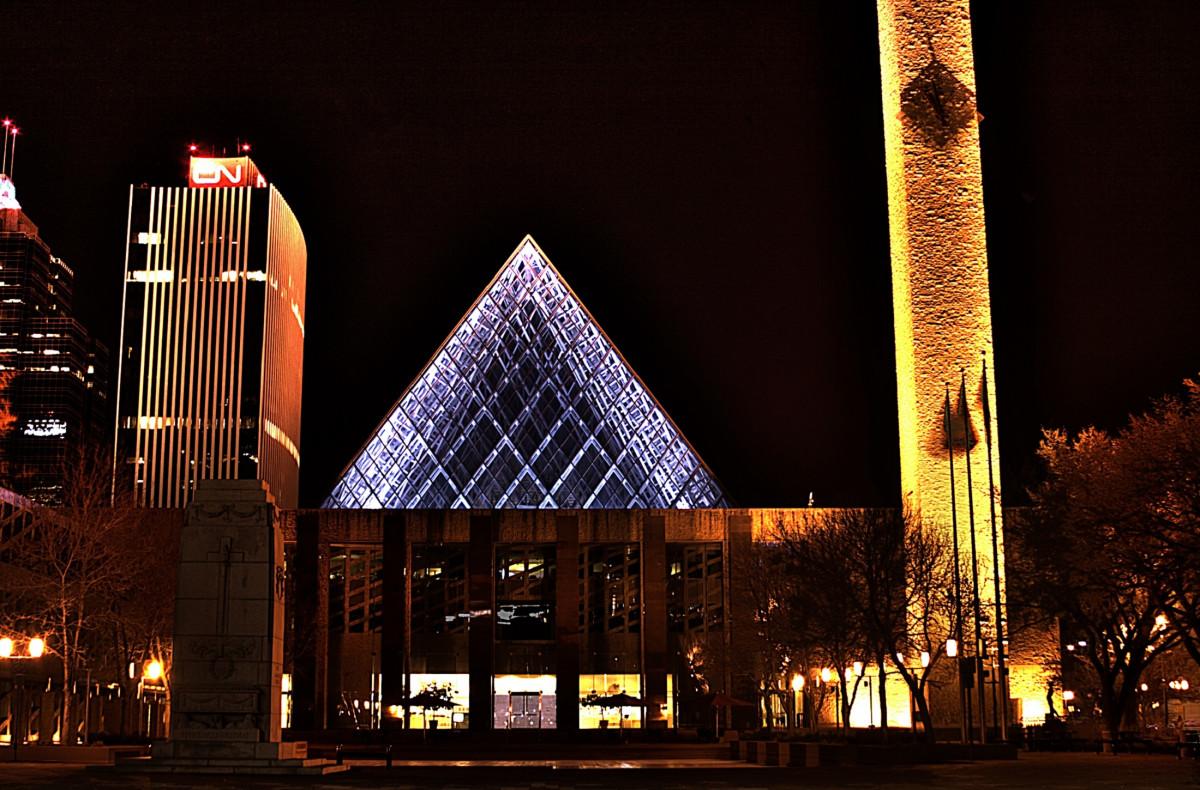 Images gratuites architecture nuit centre ville soir for Eclairage facade noel