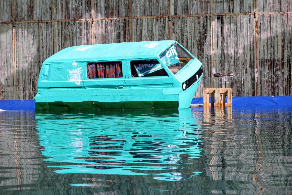 ทะเล น้ำ ท่าเรือ เรือ VW โฟล์คสวาเก้น การสะท้อน ยานพาหนะ สระว่ายน้ำ ทางน้ำ ยานยนต์ ใต้ เรือบรรทุกสินค้า volkswagen vw พายเรือ