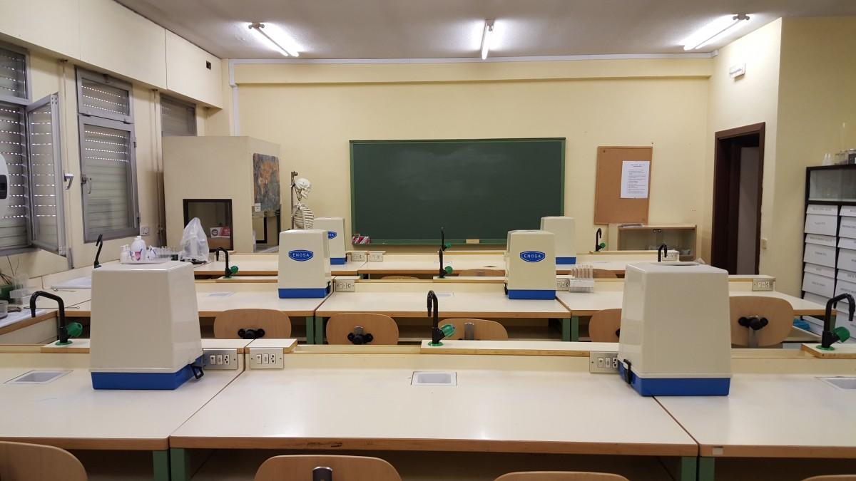 Kostenlose foto b ro zimmer klassenzimmer schule for Innenarchitektur schule