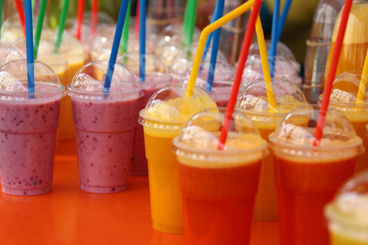 Fruta línea comida color suave Fresco bebida beber saludable cóctel energía zalamero jugo marca fuente color diseño bayas texto Paja mezcla forma Vitaminas mezclado refrescante sacudir captura de pantalla batido