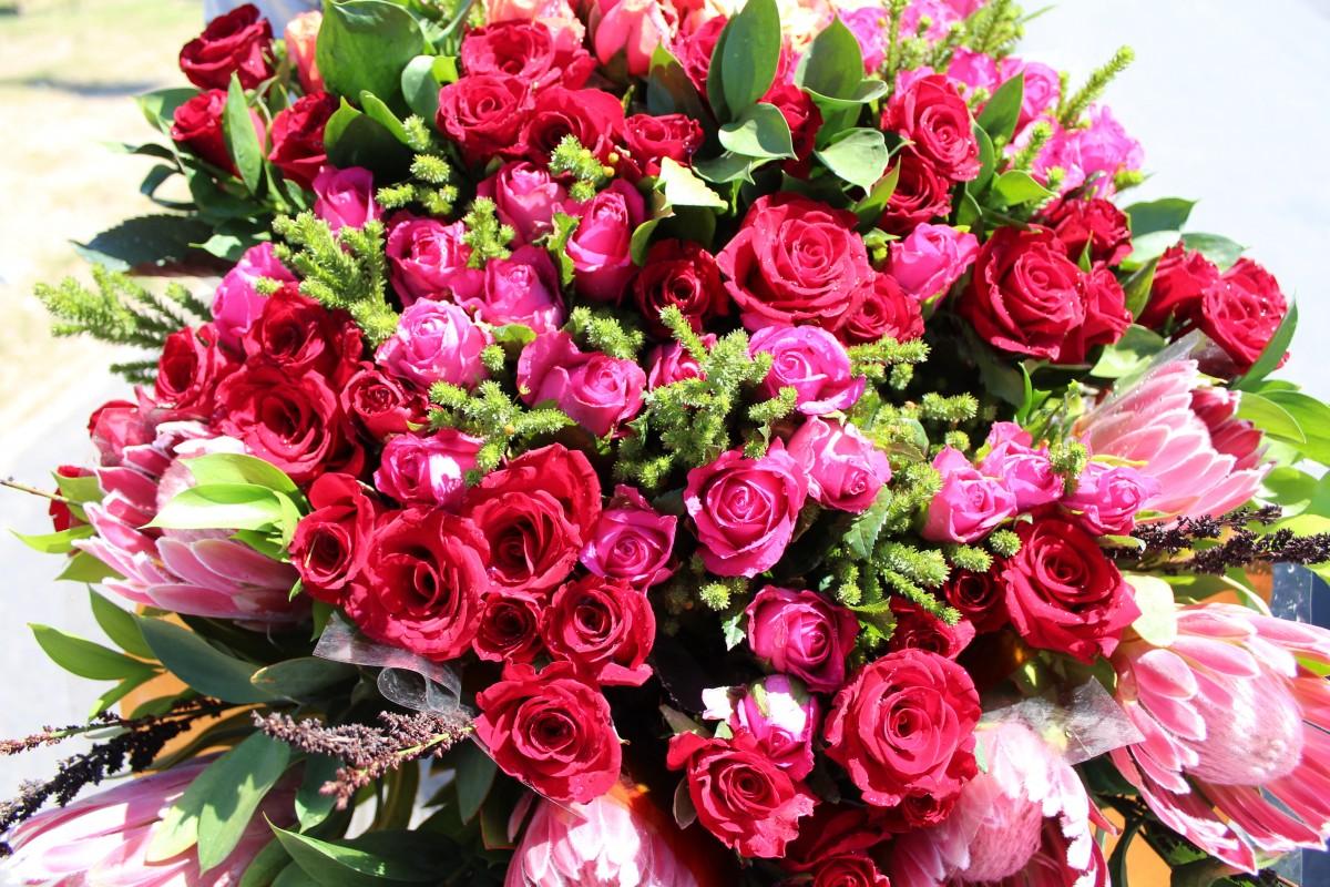 Поздравлением, фото цветы букеты большие с днем рождения картинки