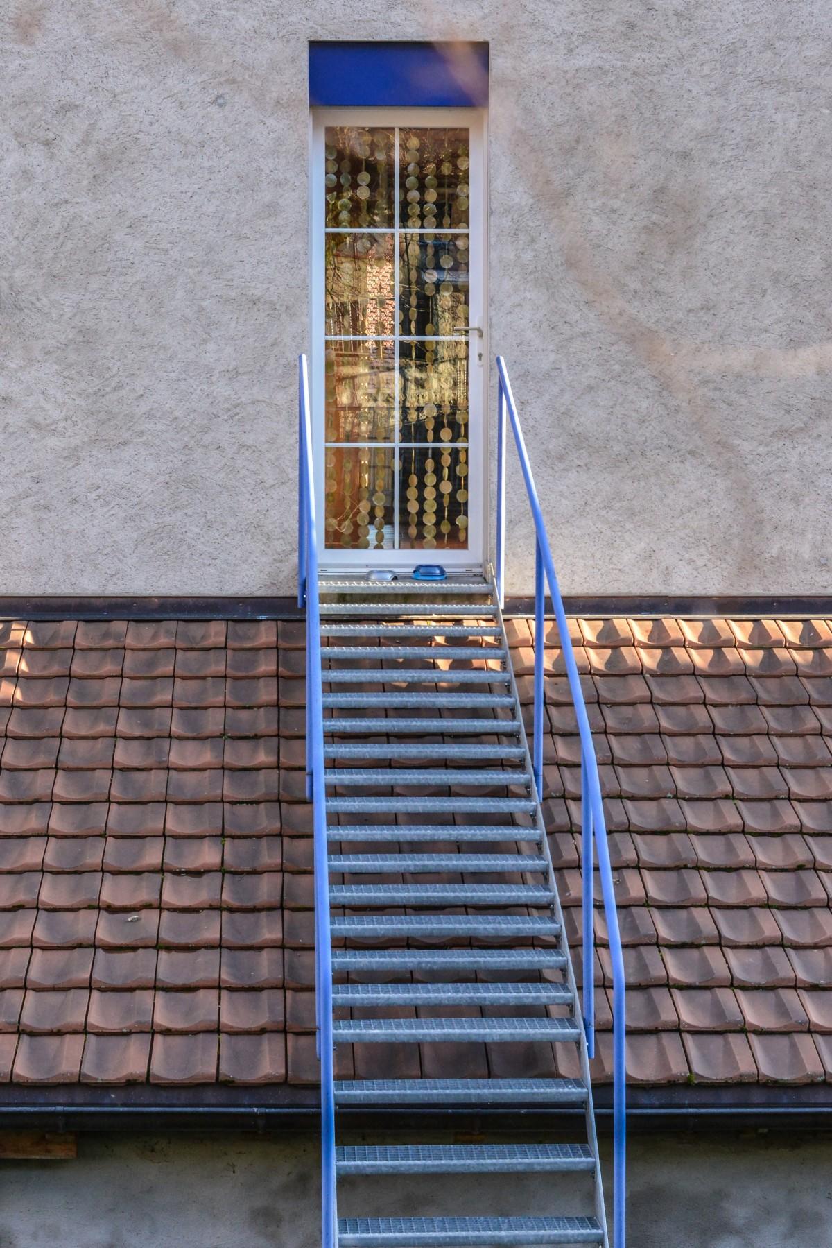 Images gratuites architecture rue maison sol fen tre for Architecture fenetre