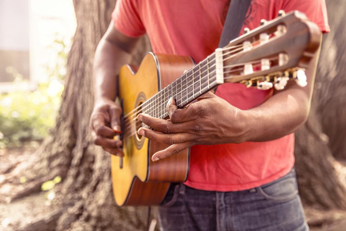 Foto pemain gitar terhebat 24