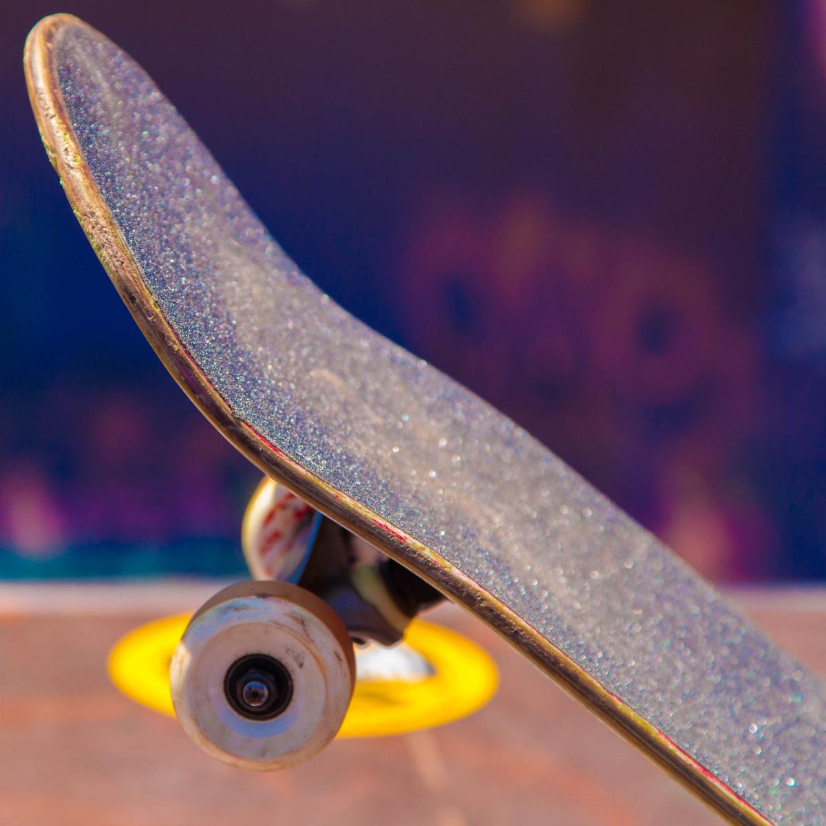Free images mobile deck board white skateboard - Skateboard mobel ...
