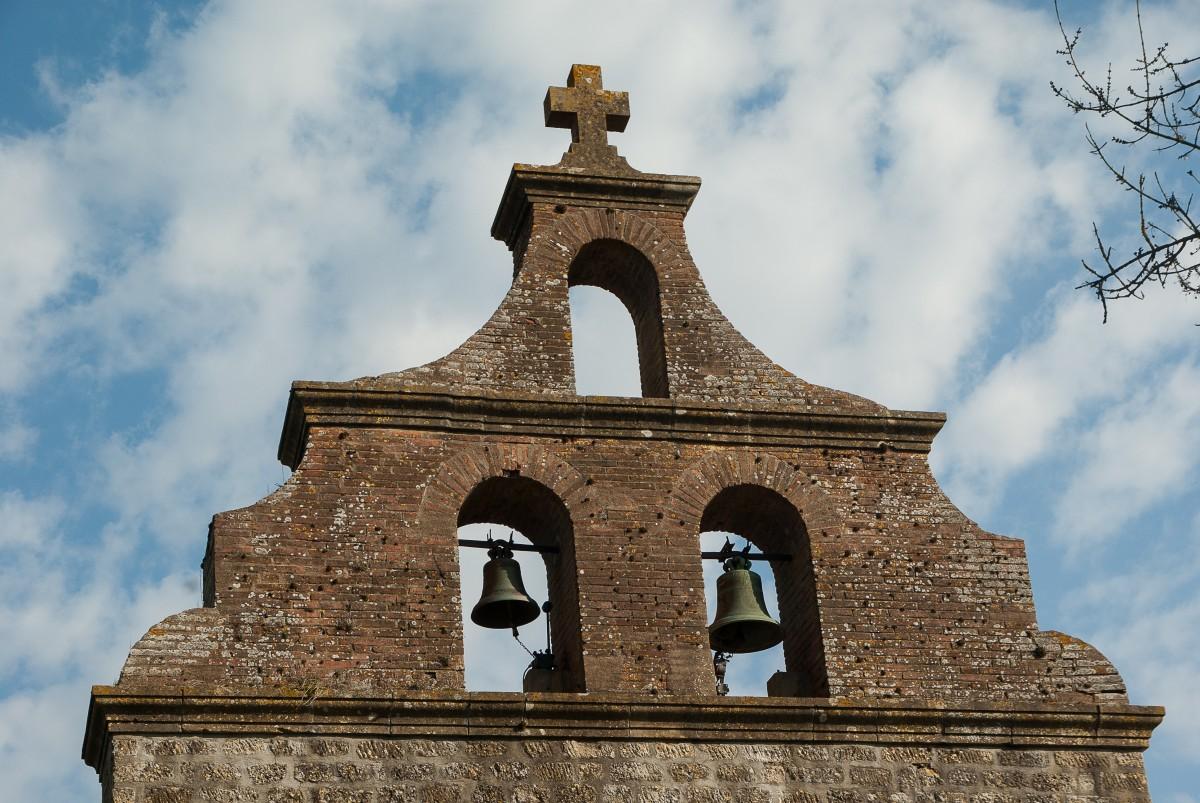 Images gratuites hiver toit cloche r flexion la tour couleur bleu glise clocher des - Couleur autorisee batiment france ...