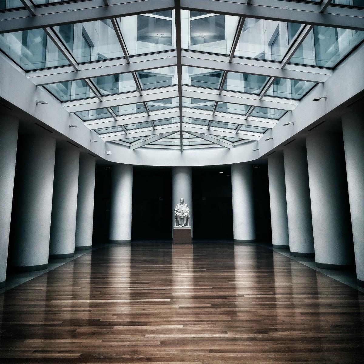 images gratuites architecture structure salle sol int rieur verre toit b timent m tro. Black Bedroom Furniture Sets. Home Design Ideas