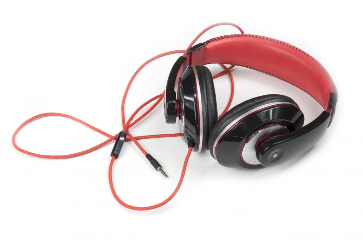 la musique La technologie Danse se détendre studio gadget oreille mode de vie loisir relaxation l'audio écouteurs du son Casque d'écoute Écouter divertissement Jouir écoute écouter de la musique Mp3 entendre équipement audio appareil électronique