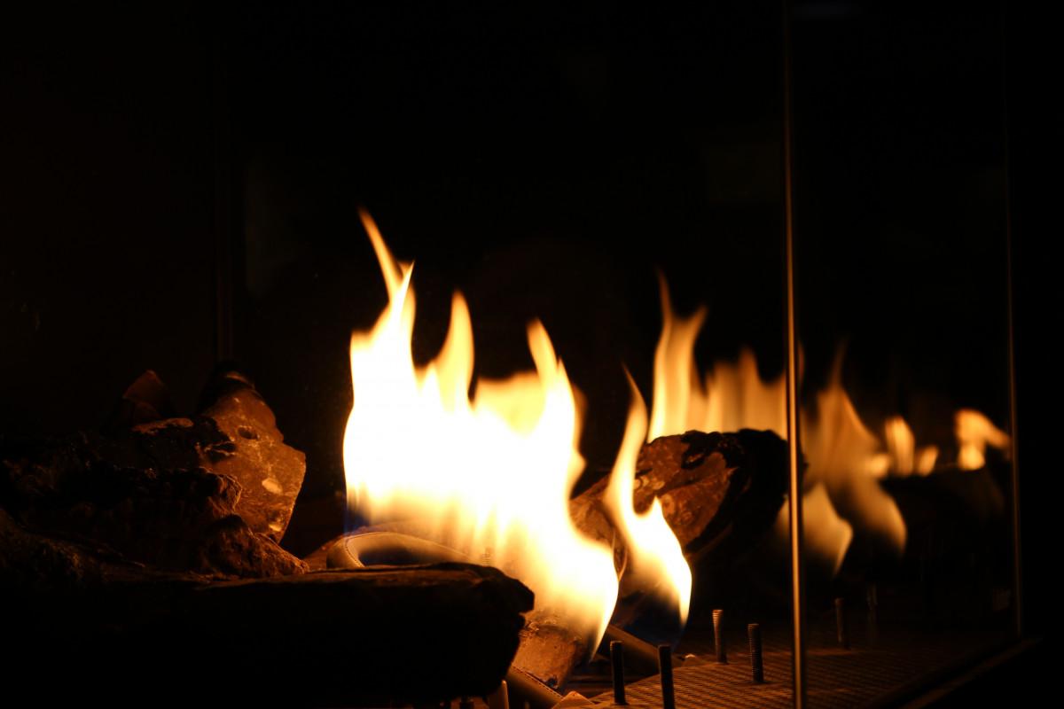 무료 이미지 : 겨울, 목재, 밤, 따뜻한, 내부, 집, 불꽃, 난로, 어둠 ...