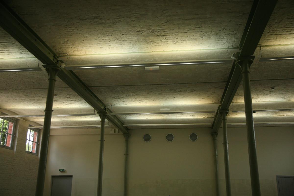 Fotos gratis ligero arquitectura l nea sala - Revestimientos para techos interiores ...