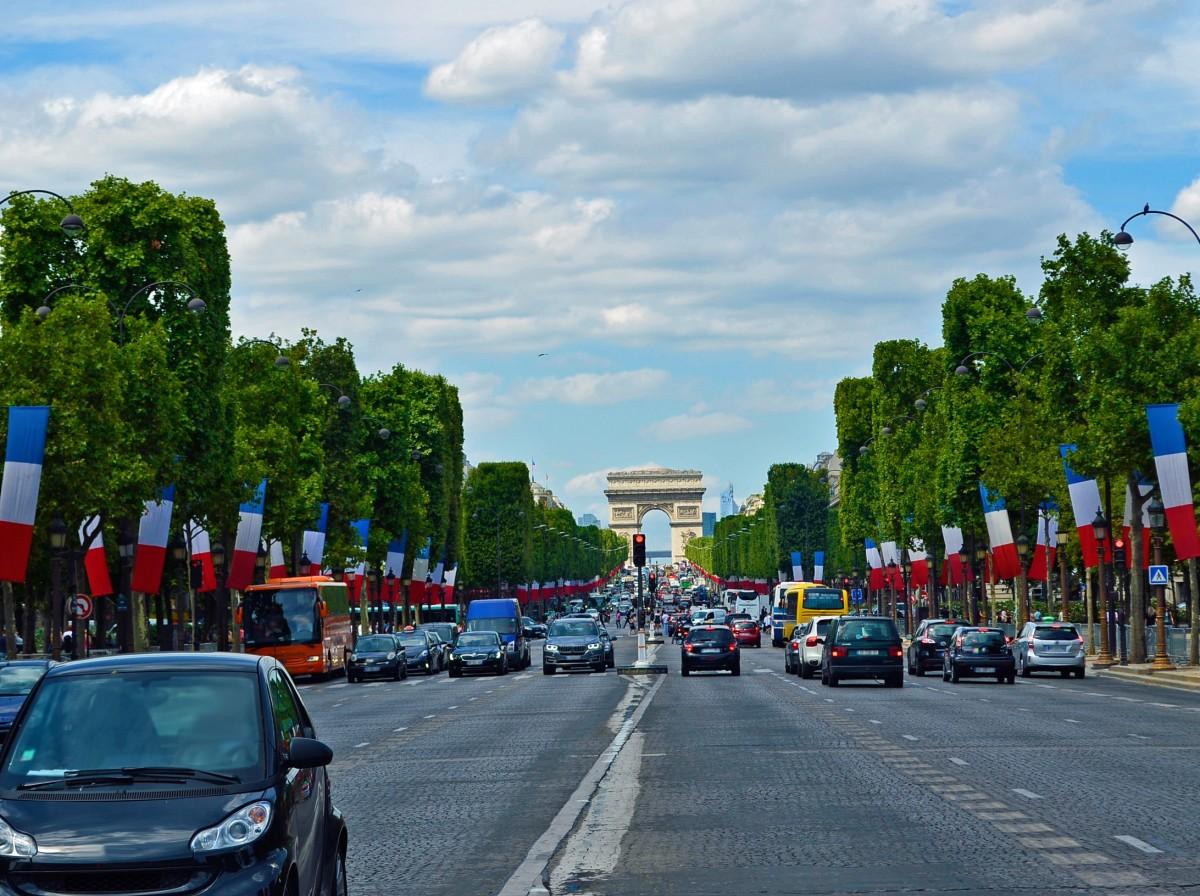 Paris will bis 2030 Benzin- und Dieselautos verbannen