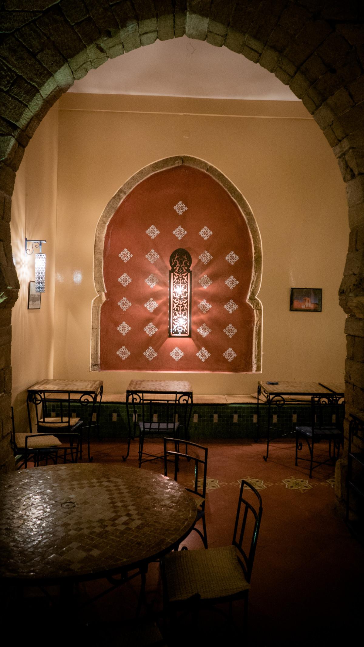 Décoration D Intérieur Peinture Murale images gratuites : bâtiment, restaurant, vieux, espace