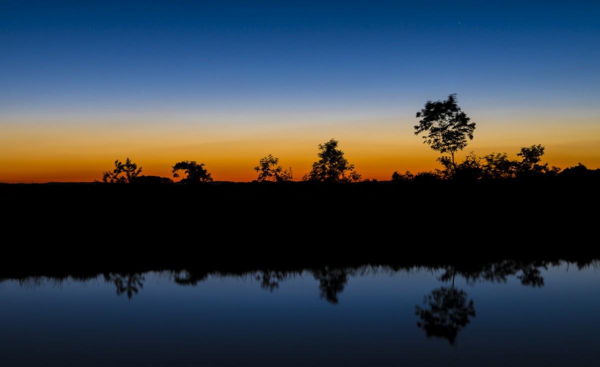 Fotos gratis rbol horizonte nube amanecer puesta de for Water salida trasera