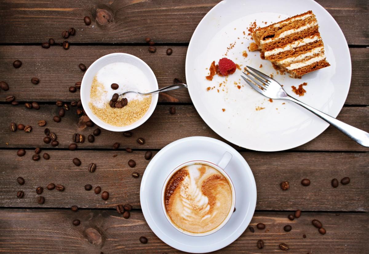 картинки кофе в тарелке которые