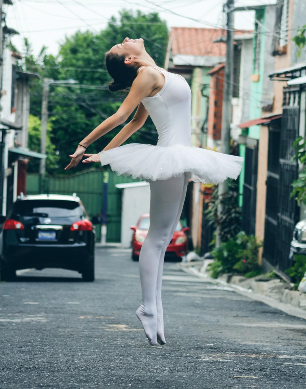 Free Images  Woman, White, Street, Leg, Dance, Model -9991