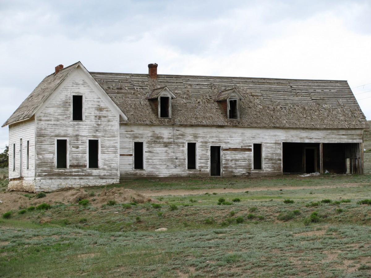 Images gratuites ferme maison b timent vieux grange for Extension maison zone rurale