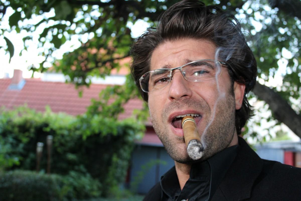 hombre, persona, gente, fumar, de fumar, retrato, Nicaragua, uno, cigarro, disfrutar, beneficio de, tabaco, éxito, exitoso, Puros, vello facial