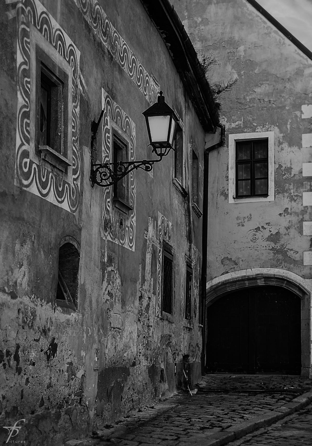 Images gratuites noir et blanc architecture ciel rue for Fenetre noir et blanc