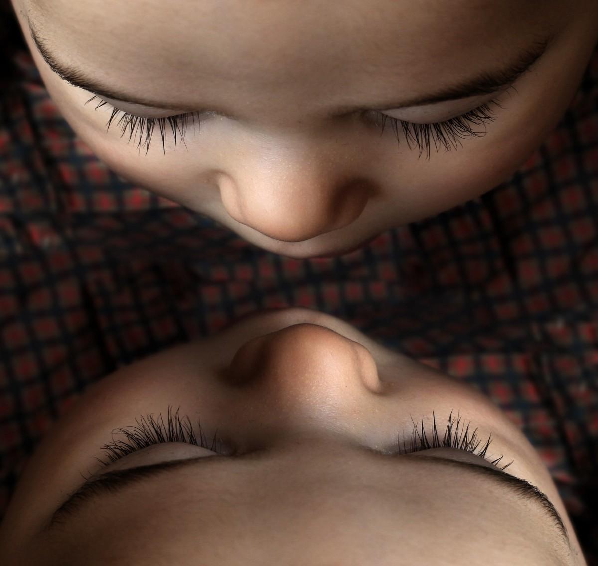chico, niño, modelo, bebé, labio, ceja, boca, pecho, pestaña, de cerca, cuerpo humano, cara, nariz, Ojos, infantil, niñito, ojo, cabeza, piel, papel pintado, belleza, Organo, Recién nacido, pequeño ángel, productos cosméticos, pestañas, Gemelos, niño pequeño, sentido, Efecto espejo, extensiones de pestañas, pequeña persona