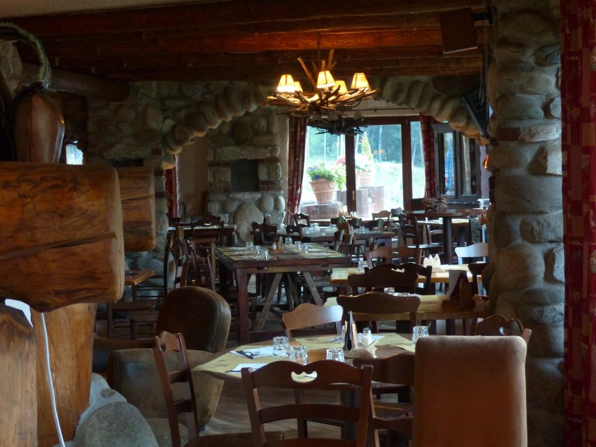 Wood Window Restaurant Home Rustic Bar